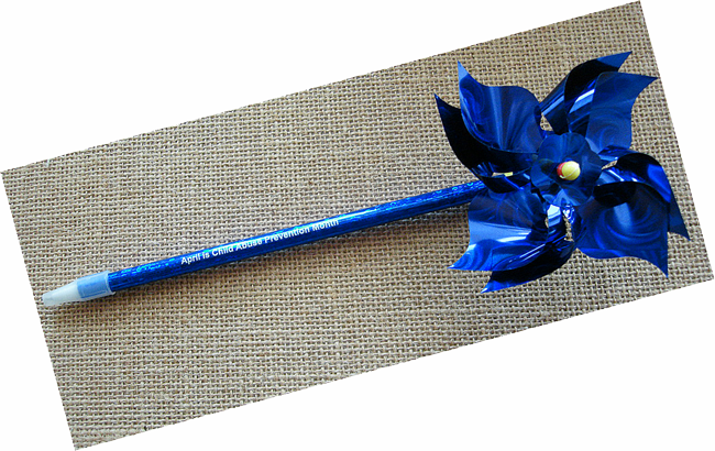"Pinwheel Novelty Pen - Product size  9"" x 3½"""