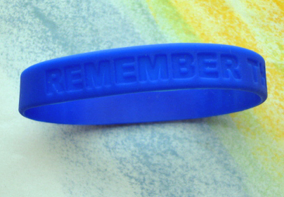 """REMEMBER THE CHILDREN"" Bag of 25 Wristbands/Bracelets"